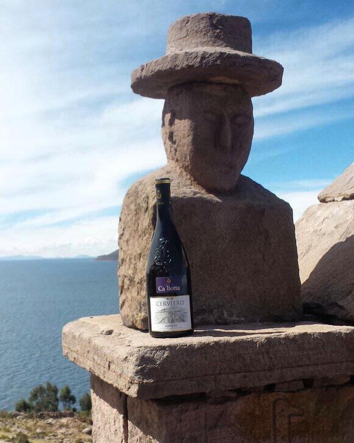 Ca'Botta reached Titicaca, South America, Peru. 4,000m above the sea level ? Ca'Botta ? in viaggio sull'altopiano andino, Titicaca, Sudamerica, Per?. Altitudine media di 4300 metri